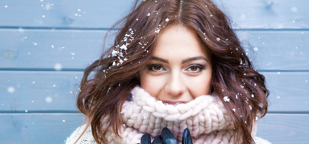 8 Ways To Wear Makeup In The Winter With Élan!