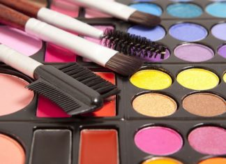 QUICK ALTERNATIVES FOR MAKEUP IN LESS TIME