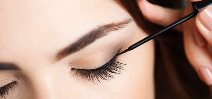 Caring for your Eyelids to keep them Healthy